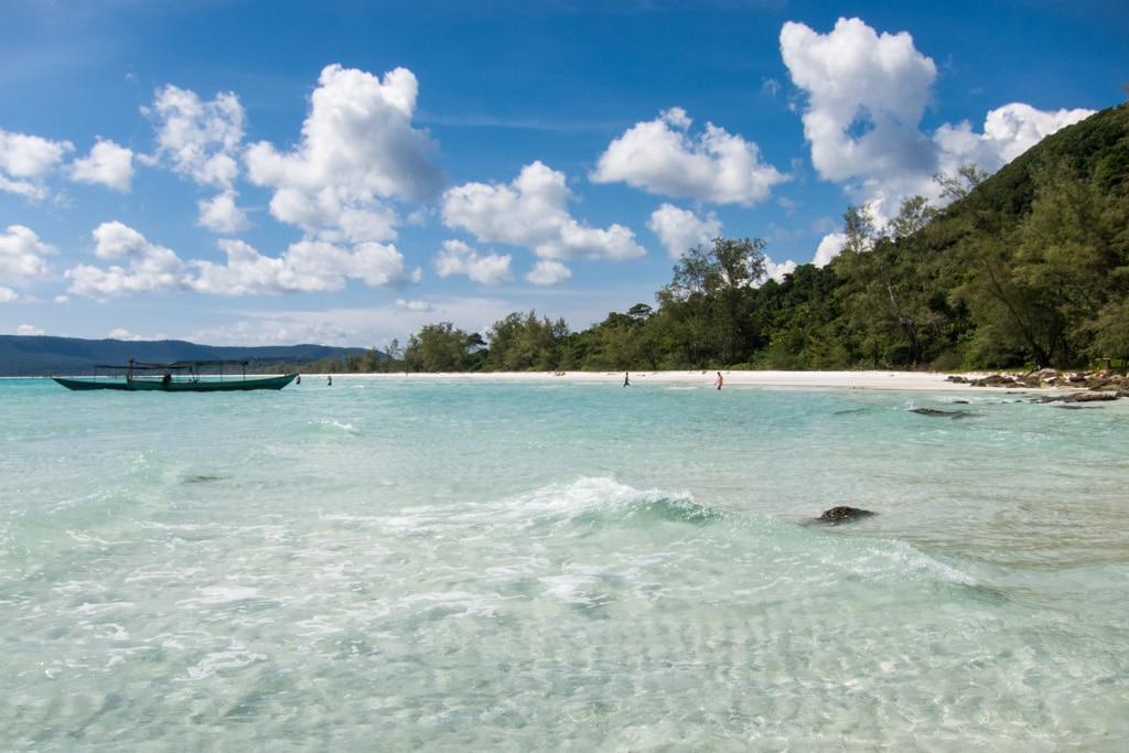 Playa de Koh Rong en Camboya en el mes de abril